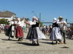 les danseurs sur le quai
